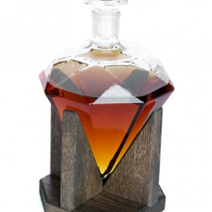 whiskey lovers gifts unique whiskey decanter2