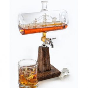 whiskey lovers gifts unique whiskey decanter3